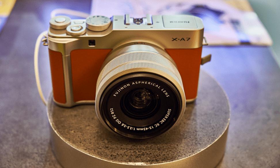 Kamera Mirrorless Fujifilm X-A7