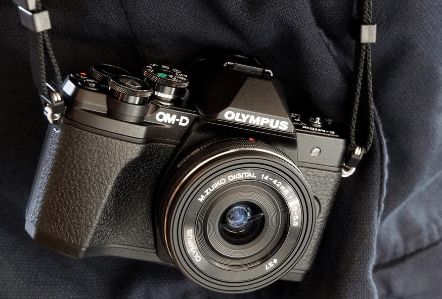 Kamera Mirrorless Olympus E-M10 Mark III